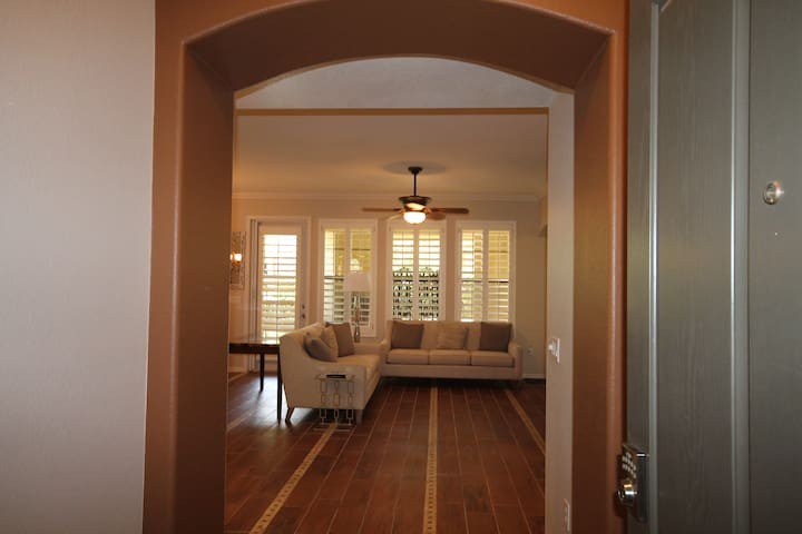 1st class and relaxed executive condo