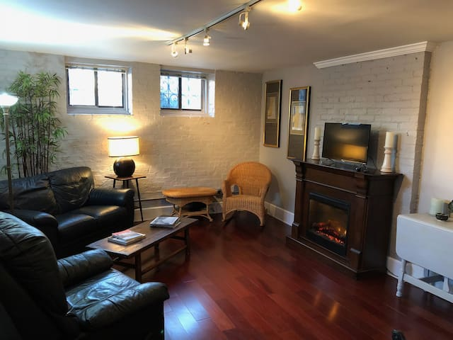 Beautiful 2Bd/2Bath in the heart of downtown Indy