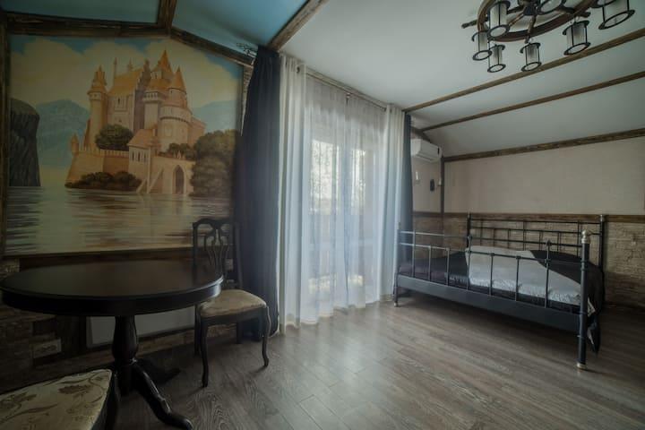 """Апартаменты """"Старинный замок"""""""
