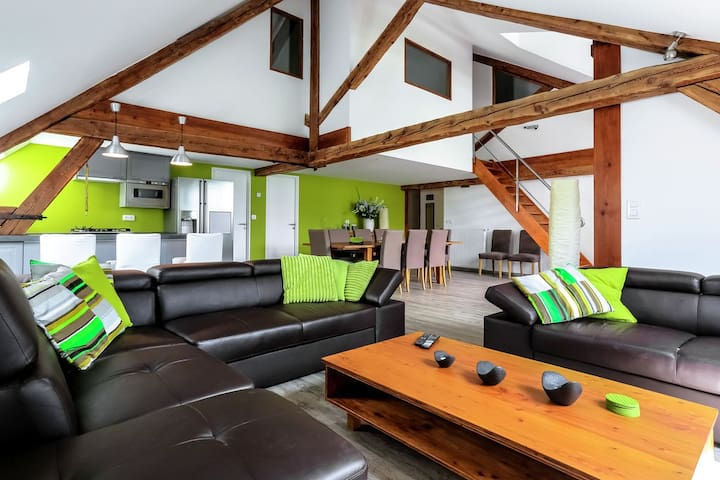Modern luxury appartement of 225 m² in Jausiers