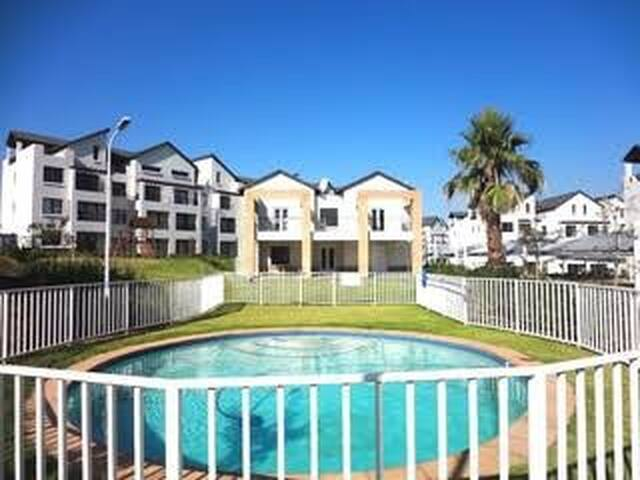 Luxurious top floor Apartment in upmarket complex! - Sandton - Appartamento