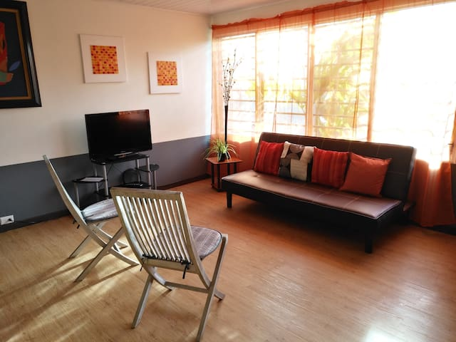 Upscale location + Spanish, cooking, dance classes - San José - Apartment