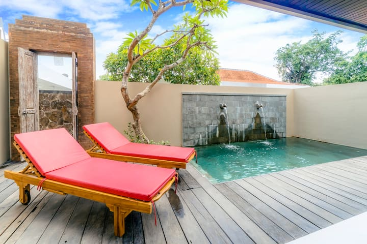 Romantic Chic Villa in Tranquil Umalas #L2
