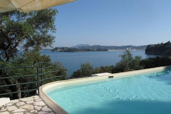 Villa Marlina II, Waterfront, Pool, Private beach - コルフ島 - 別荘
