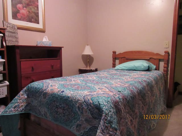 Quiet Home in Amish Country, Bedroom 1