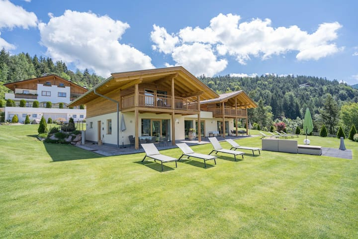 Gasserhof - Chalet B with Mountain View, Garden & Wi-Fi; Parking Available