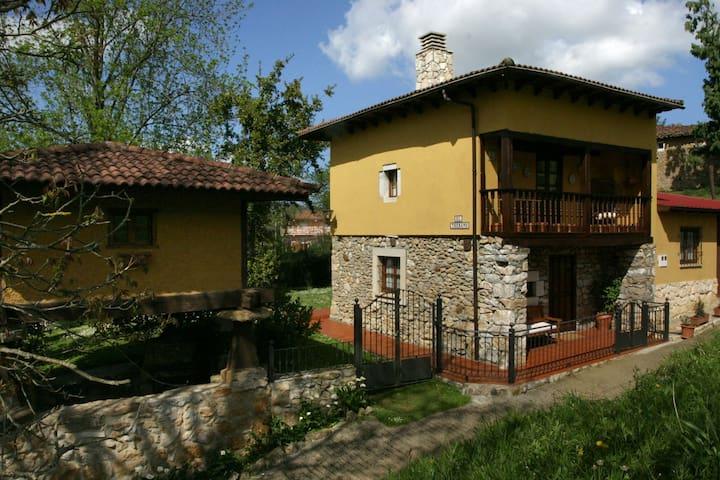Casa Rural en Asturias: El Trebano