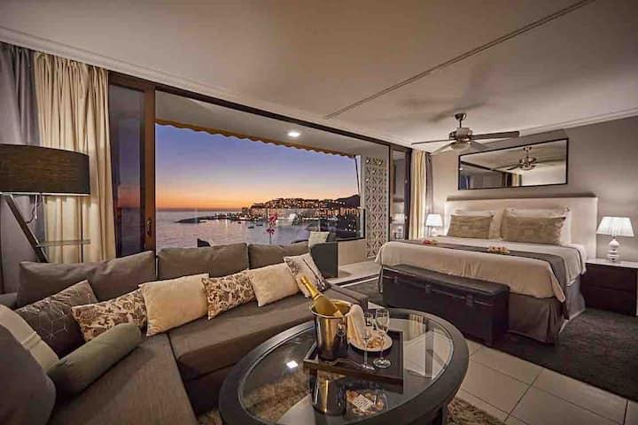 Modern Beach Apartment with Stunning Sea Views