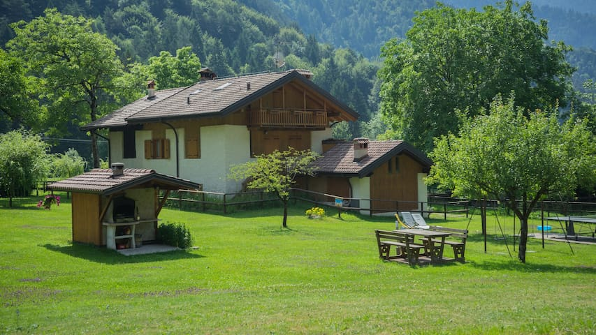 Chalet Rosso - Trilocale 4 persone - Ledro - Byt