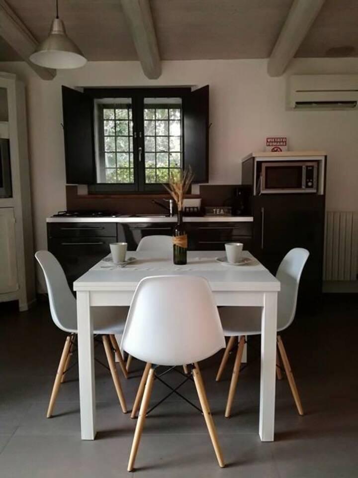 Tavolo e Cucina