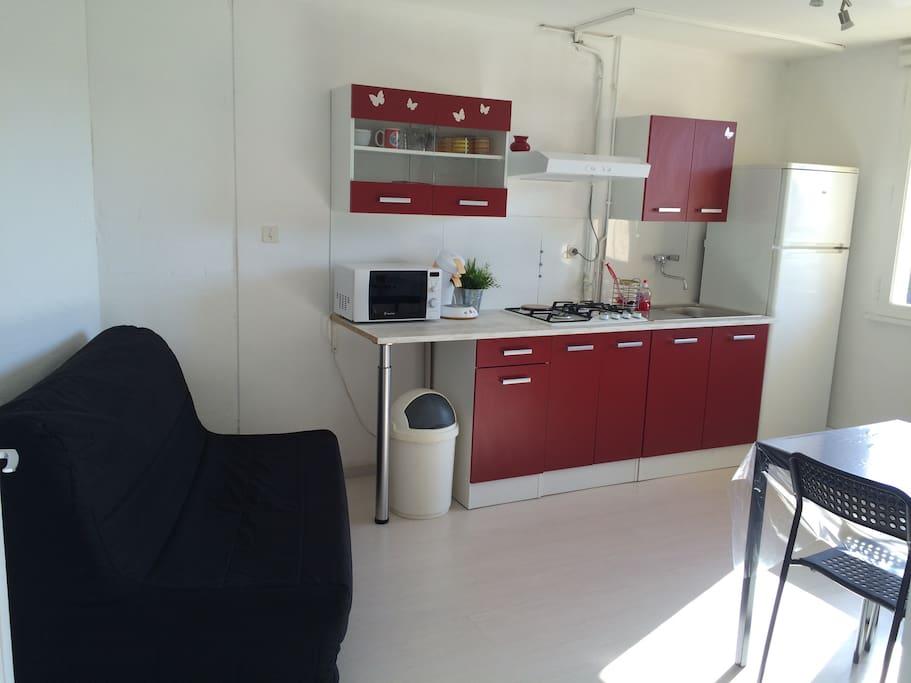 Appartement avec jardin en rdc d 39 une maison villas for Appartement rdc jardin