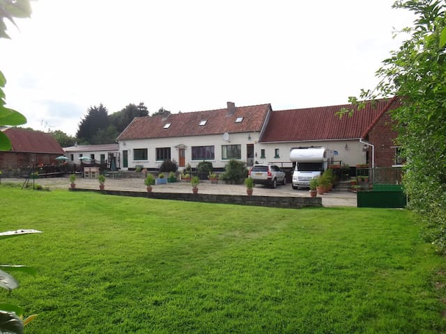 Traditional French Farmhouse B n B accommodation - Herly