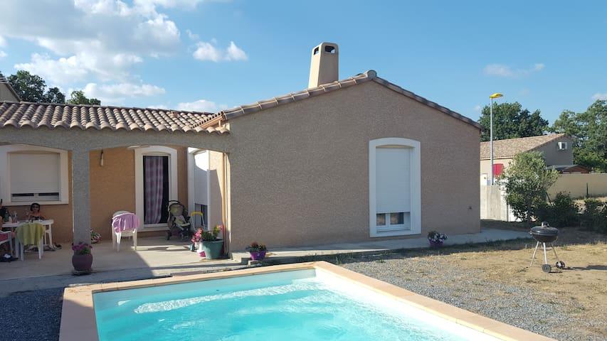 Villa familiale - Villegly - House