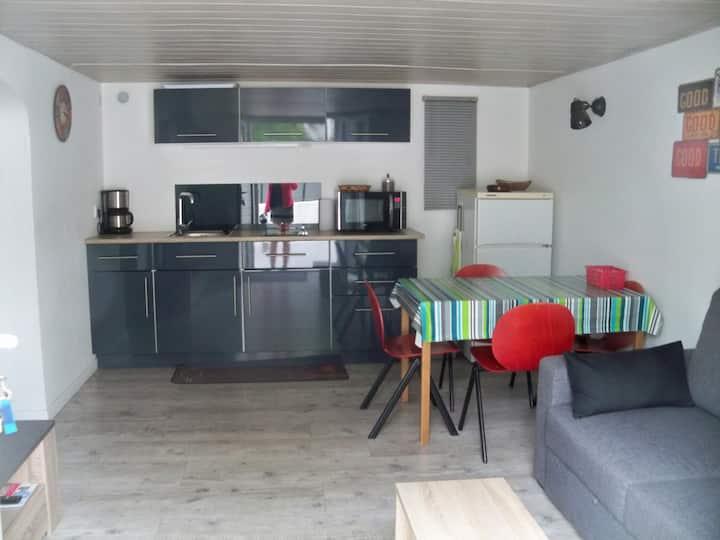 Jolie maison avec terrasse fermée 2 personnes