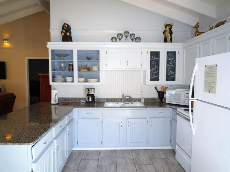 Black Bear Hollow - Cozy Cabins Real Estate, LLC