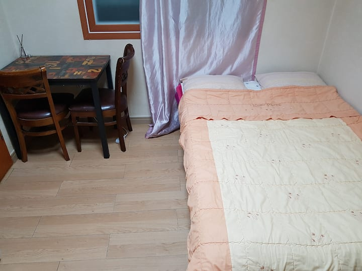 High Quality & Low Price for LongStay near Subway