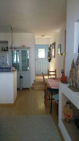 Αυτόνομη Κατοικία με μοναδική θέα στην Ιουλίδα - Ioulis - Casa
