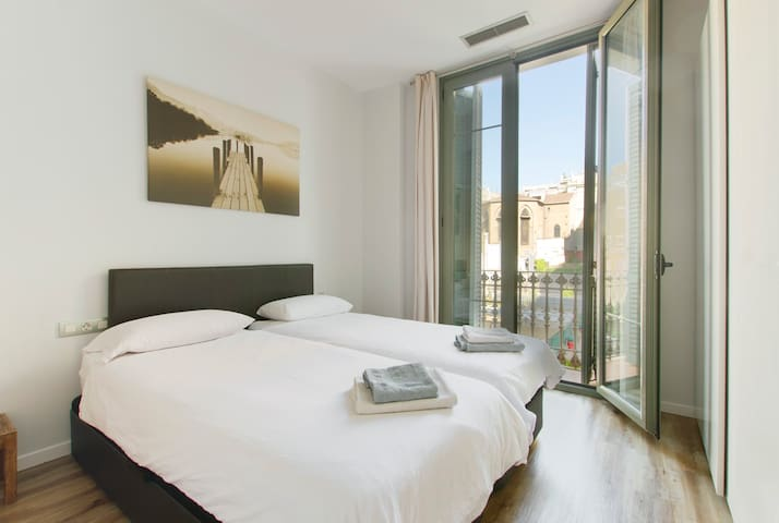 master  bedroom with two 90cm*200cm double beds, combinable into a single king-size bed
