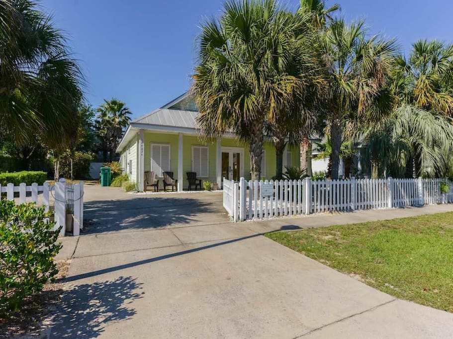 Key lime pie 3 bedroom pet friendly houses for rent in destin florida united states for 9 bedroom house destin florida