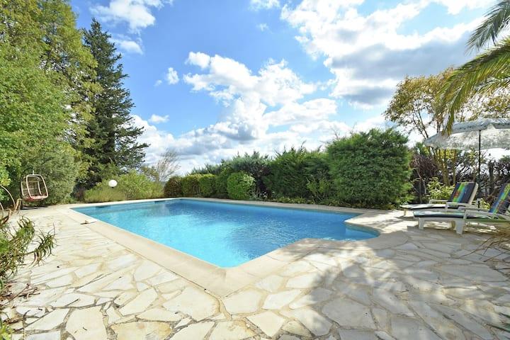 Quaint Villa in Fayence with Private Swimming Pool