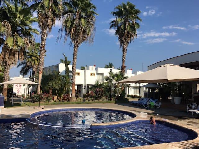 Habitación en hermoso fraccionamiento privado - Bahía de Banderas - Hus