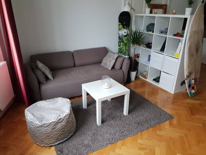 Sunny 23m2 Room in cosy Flat in great Location