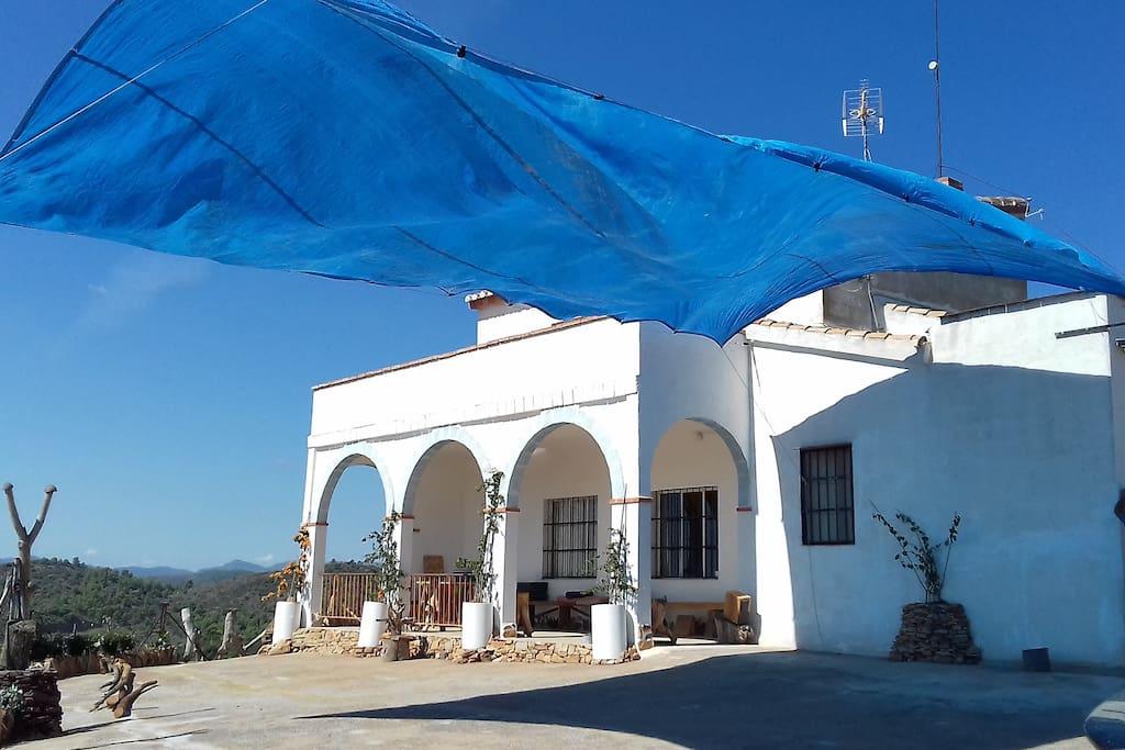 Vista del Chalet de Mas de la Brisa.