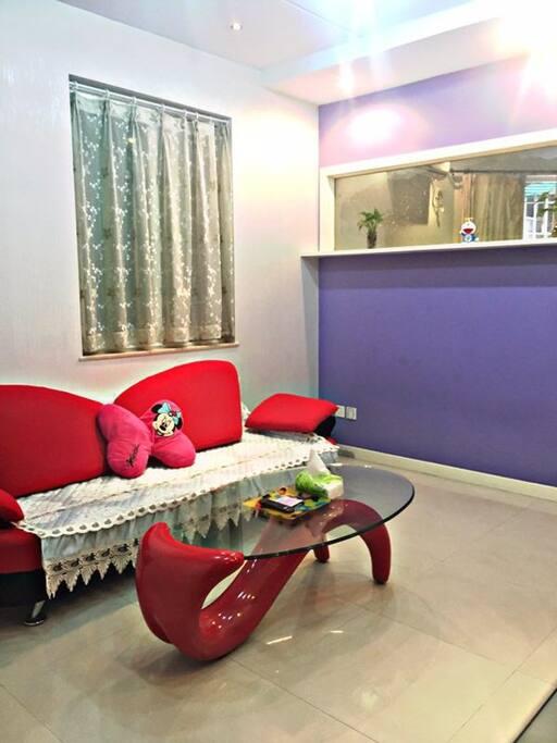 正规的一室一厅 这是独立的客厅 电视 免费 WiFi