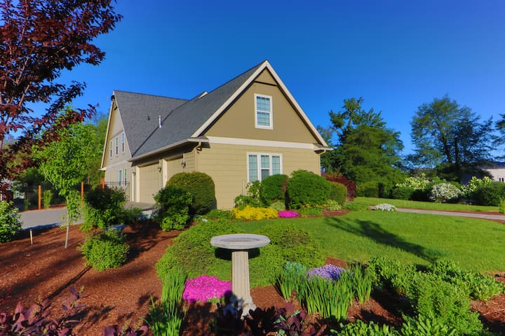 Heron House - A Lovely Retreat