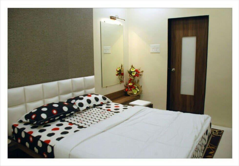 Deluxe Bed Room.
