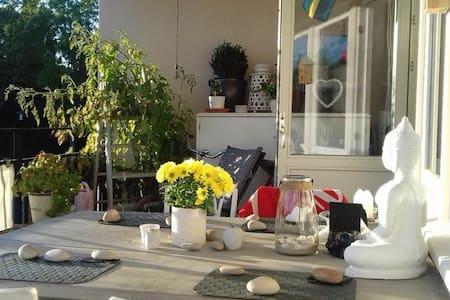 Hemtrevlig lägenhet i Järna