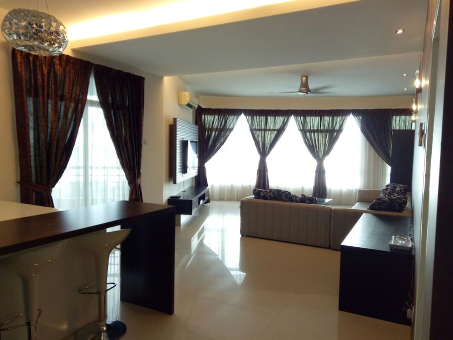 Beautifully furnished and spacious living room