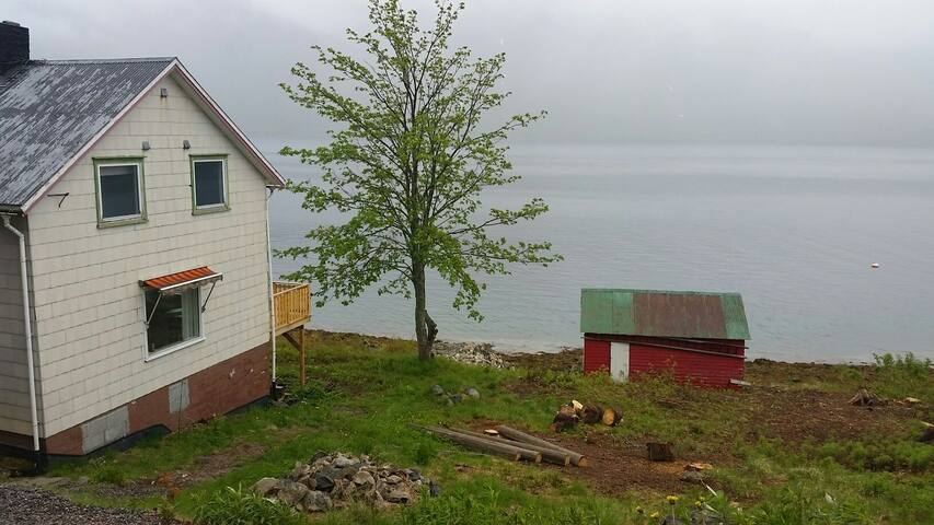 Hus i vakre Sigerfjord - Sortland