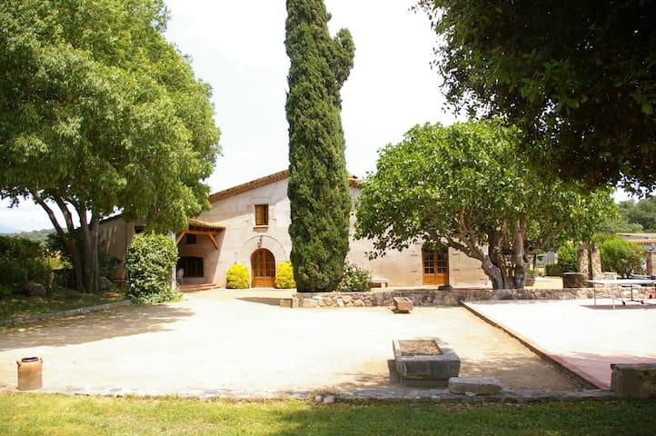 Can Masó Vell, para 17 personas - Sant Antoni de Vilamajor - Huis
