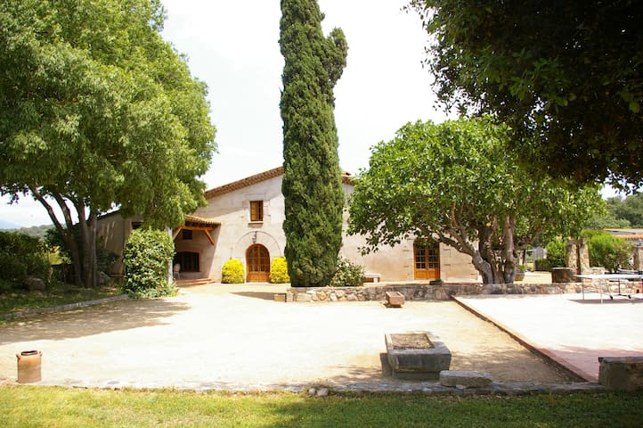 Can Masó Vell, para 17 personas - Sant Antoni de Vilamajor - House