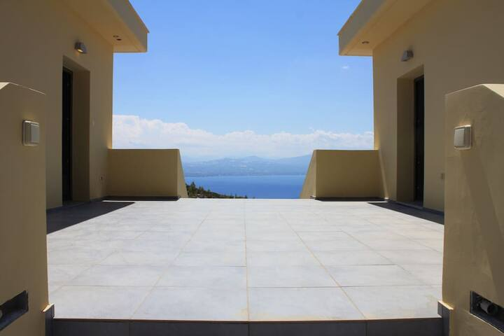 Dream Villa Anna Loutraki Super Sea view 300sqm - Loutraki
