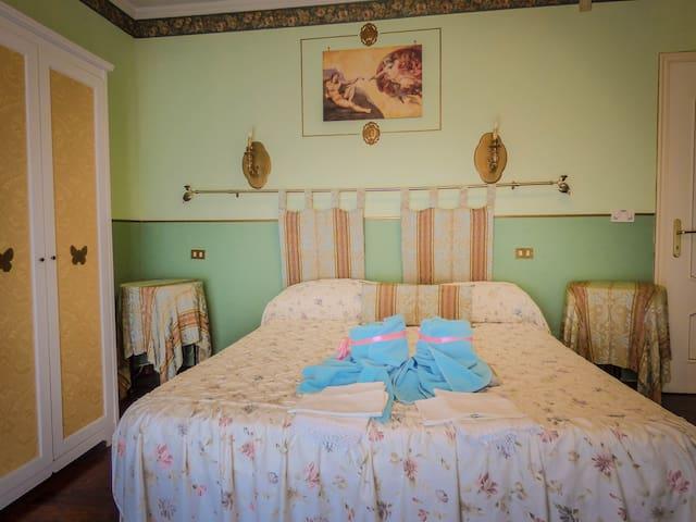 BB Il Giardino delle Farfalle - Avigliana - Bed & Breakfast