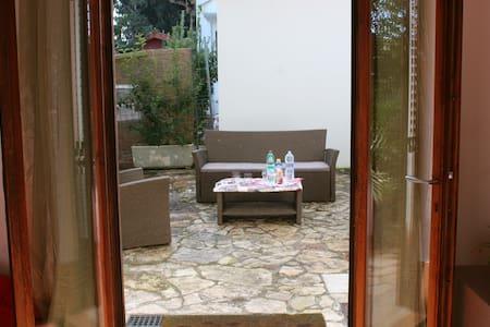 Villa dal salentino bnb - Sogliano Cavour - Vila