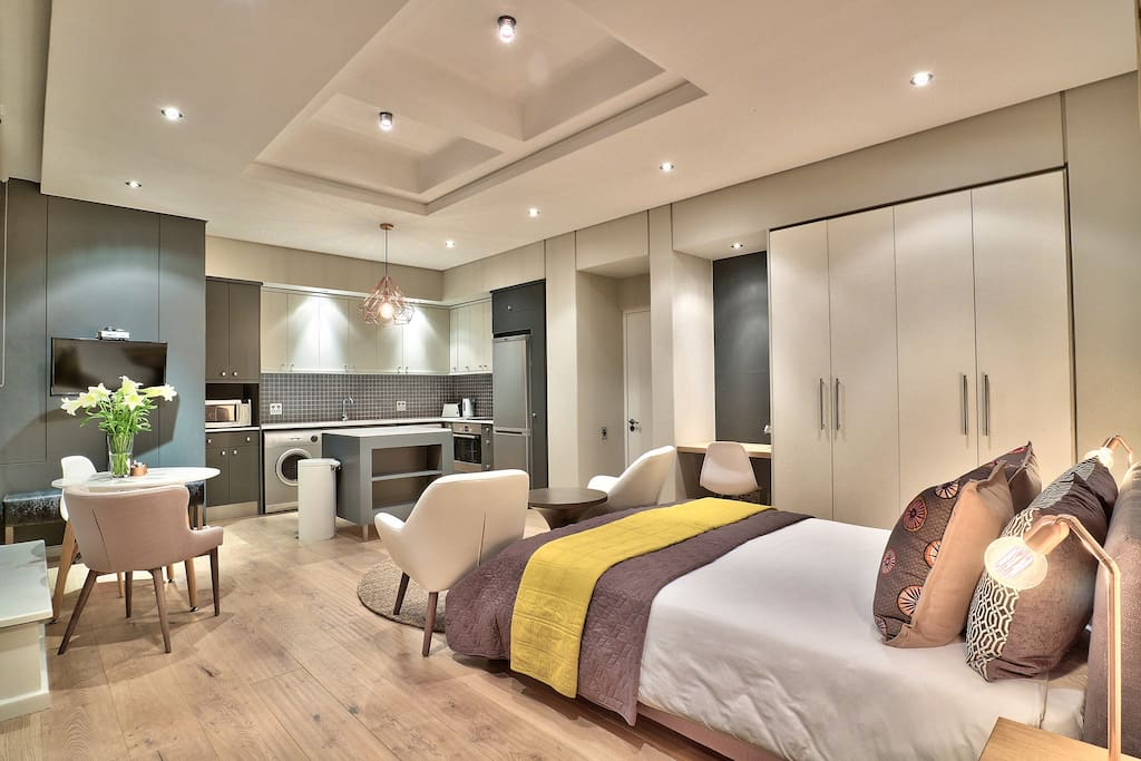 Comfortable space with luxurious feel, ideal to relax after busy day touring.