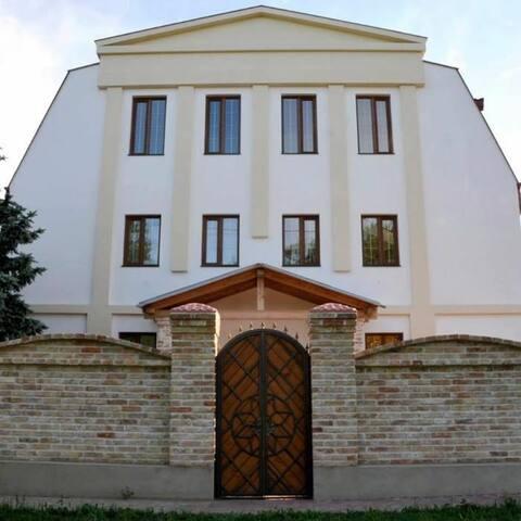 Гостинный Дом Фёдоровых. Курорт Сергеевка.