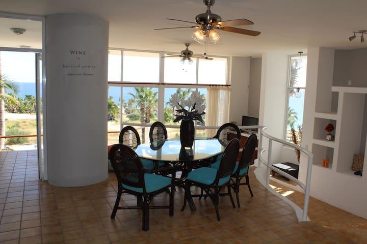 2 Bedroom 3 Bath Ocean Front Home! - San José del cabo - Rumah