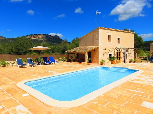 AMAZING FINCA, POOL  &  GARDEN - Llucmajor - House