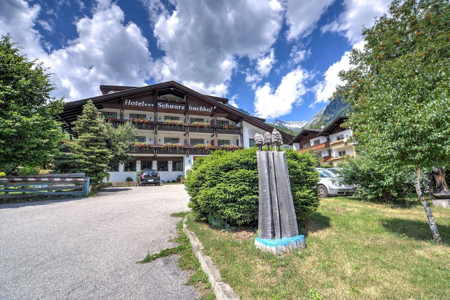 Hotel Schwarzbachhof Front