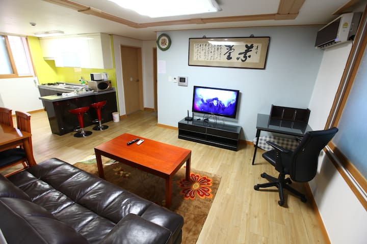 Spacious living room, ANYGOL, 18평형 투룸 - Ilsandong-gu, Goyang-si - House