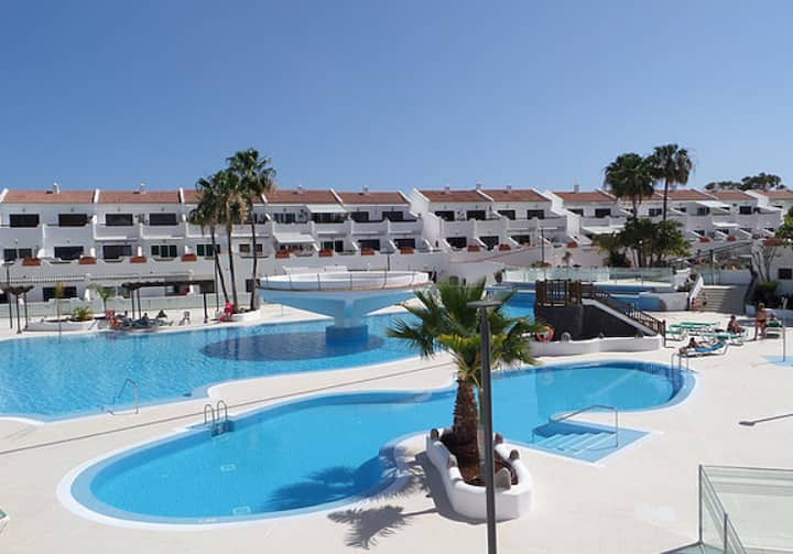 Sunny Apartement / 300 m from the sea