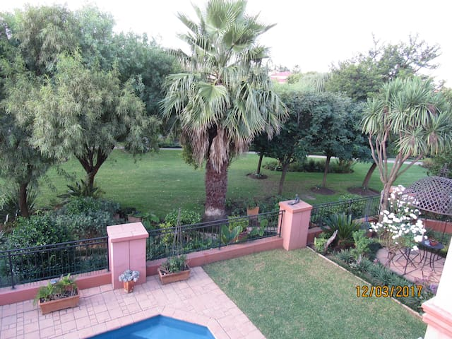 Bishops Villa - Room with a view - Kempton Park - Huis
