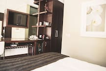 Executive | Slick & safe resort near airport/cbd