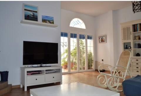Casa con encanto en el centro de Cartaya a 10 minutos de la playa.