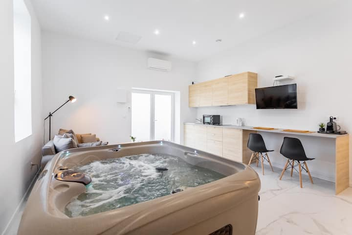 Loft 35m2 Love Room Private Jacuzzi
