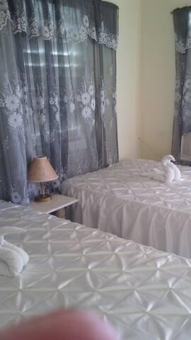 Interior de la habitación 1